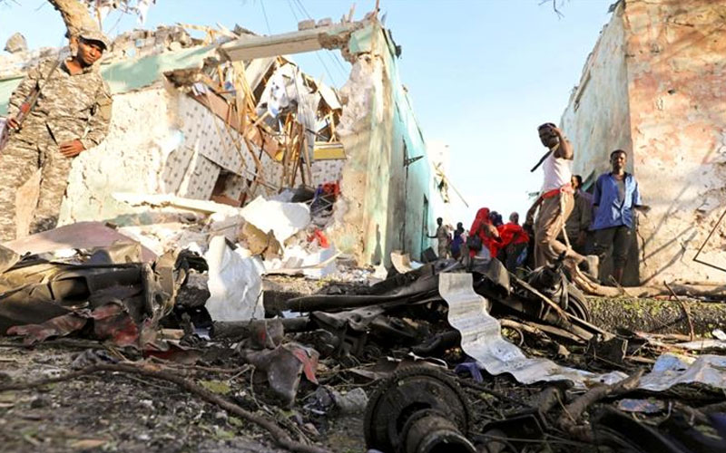 chatter.lkdeadly-car-bomb-blast-rocks-somalias-capital-mogadishu